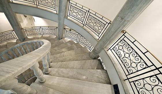 Vincci-Via-66-Escalinata