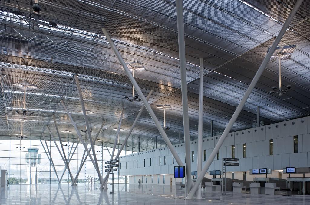 Instalaciones-del-Aeropuerto-de-Santiago-de-compostela